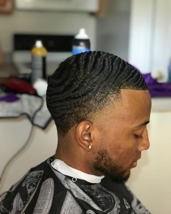 tapered neckline on waves hair