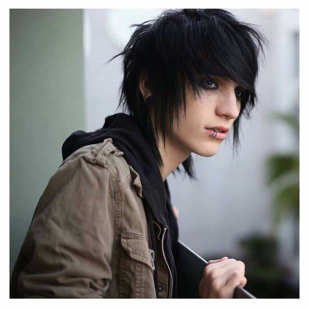 Emo Hair How To Grow Maintain Style Like A Boss Cool Mens Hair