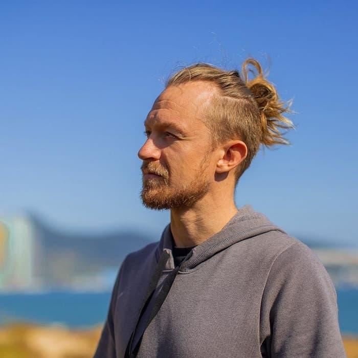 Undercut for Men with Long Hair