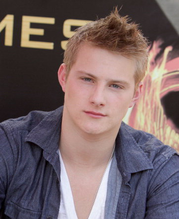 Picture of Alexander Ludwig hair.