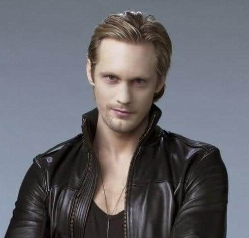 Photo of Alexander Skarsgard hair.
