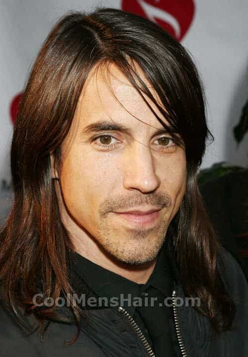 Photo of Anthony Kiedis hair style.