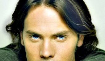 Barry Watson Hairstyles For Men With Oval Face Shapes