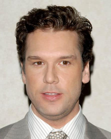Picture of Dane Cook hairstyle.