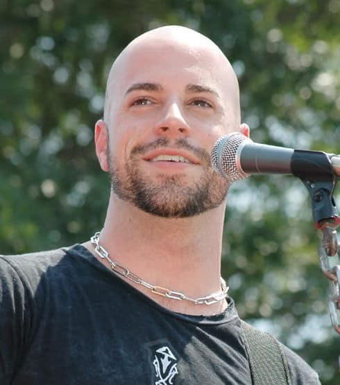 Picture of Chris Daughtry.