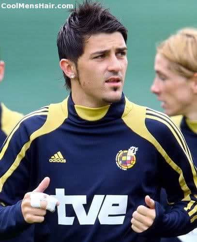 Photo of David Villa hairstyle.