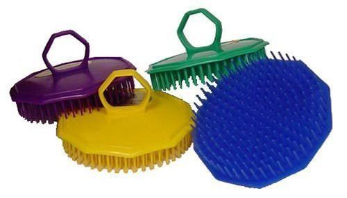 diane-shampoo-brush