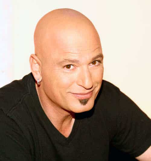 Picture of Howie Mandel soul patch.