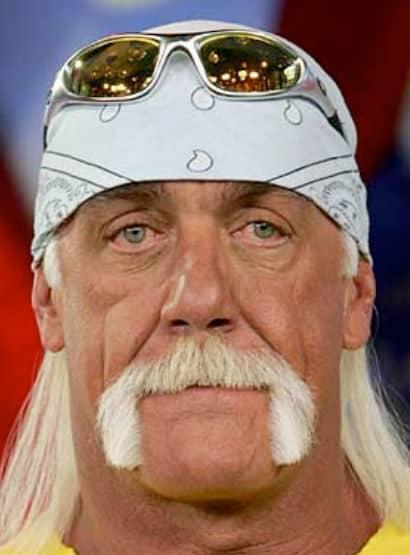 Photo of Hulk Hogan with the Horseshoe moustache.