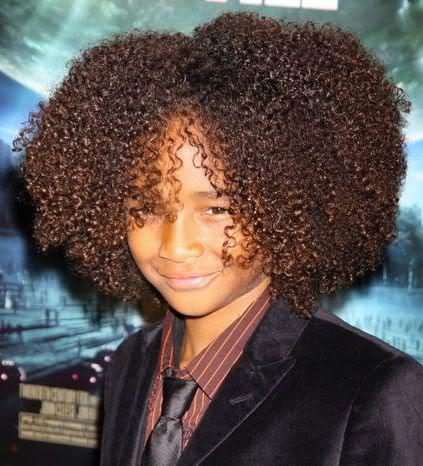 Photo of Jaden Smith afro hair.