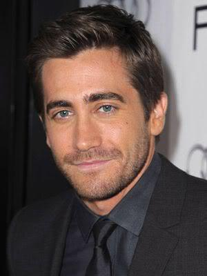 Image of Jake Gyllenhaal hairstyle.