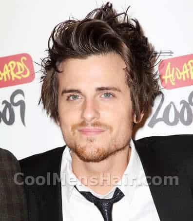 Image of Jared Followill messy hair.