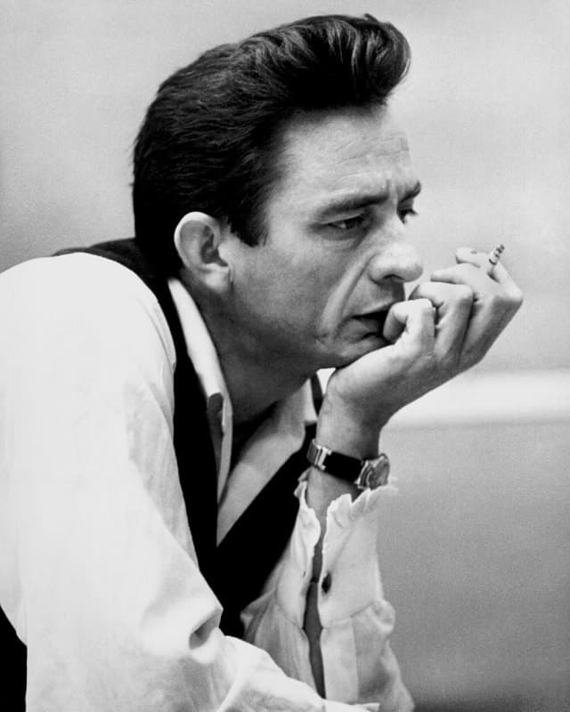 Johnny Cash hairstyle
