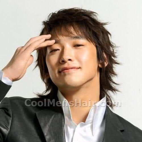 Picture of Jung Ji-Hoon hairstyle.