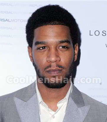 Photo of Kid Cudi curly hairstyle.