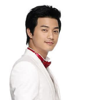 Photo of Kim Ji-Hoon hairstyle.