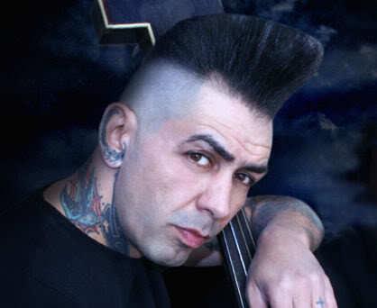 Photo of Kim Nekroman hairstyle.