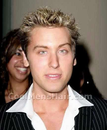 Photo of Lance Bass spikey hair.