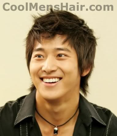 Photo of Lee Wan hairstyle for Korean Men.