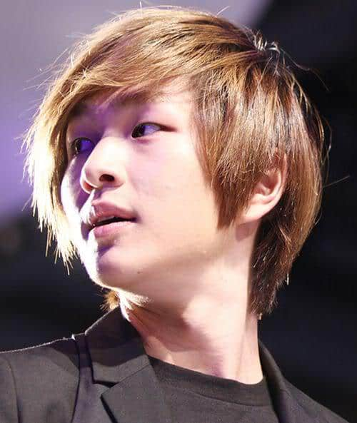Photo of Lee Jinki hairstyle.