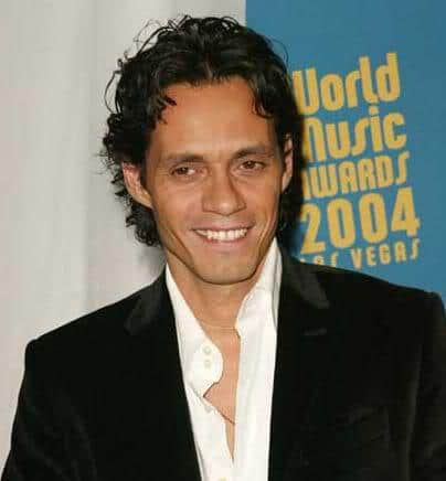Image of Marc Anthony curly locks hairstyle.