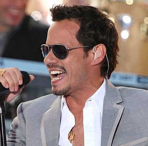 Picture of Marc Anthony short hair.