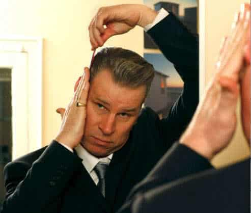 Picture of Mark Kermode quiff hair.