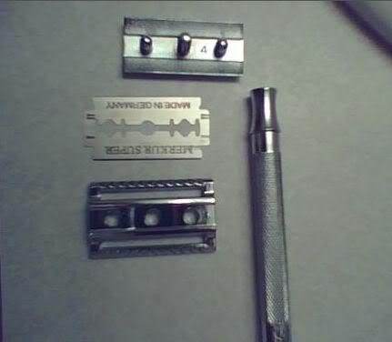 Picture of Merkur Model 180 Long Handled Safety Razor