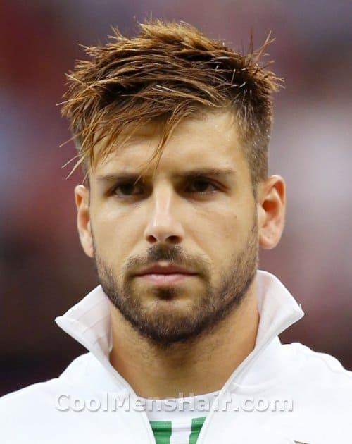 Photo of Miguel Veloso hairstyle.