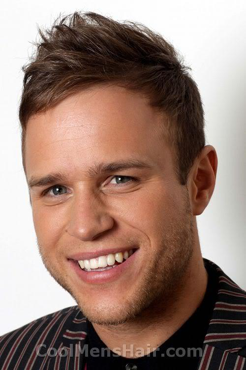 Photo of Olly Murs hairstyle.