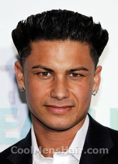 Photo of Paul DelVecchio hairstyle.