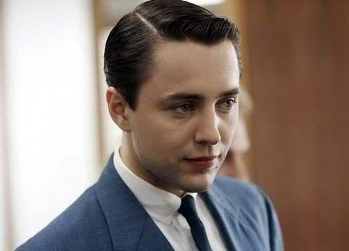 Photo of Pete Campbell conservative hairstyle.