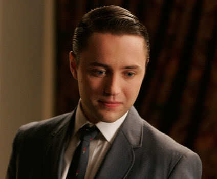 Picture of Pete Campbell slick hair.