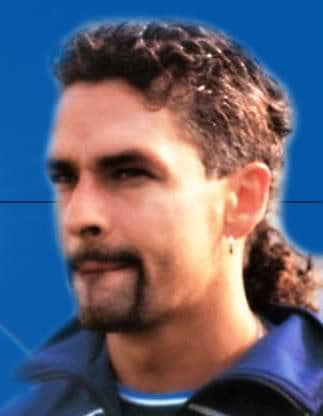image of soccer player hairstyle: Roberto Baggio mullet hairstyle