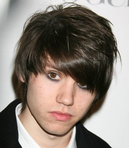 Image of Ryan Ross hair with bangs.