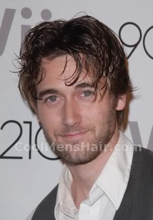 Picture of Ryan Eggold messy hairstyle.
