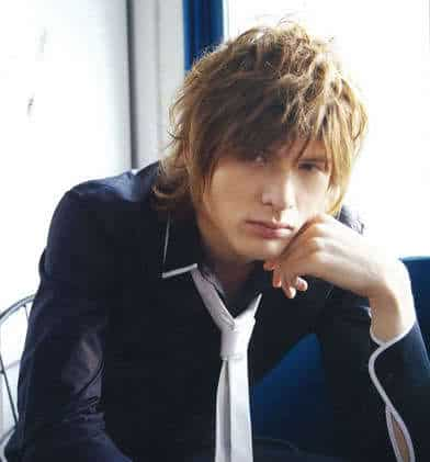 Men's hairstyle from Shirota Yuu.