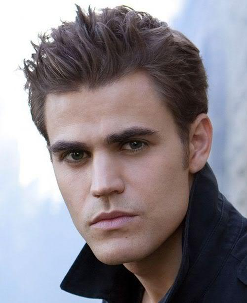 Photo of Stefan Salvatore vampire hairstyle.