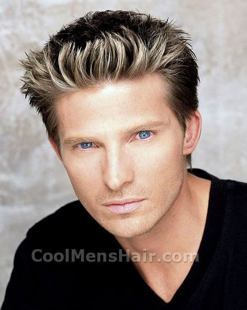 Photo of Steve Burton hairstyle.
