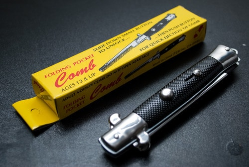 Switchblade Pocket Comb image.