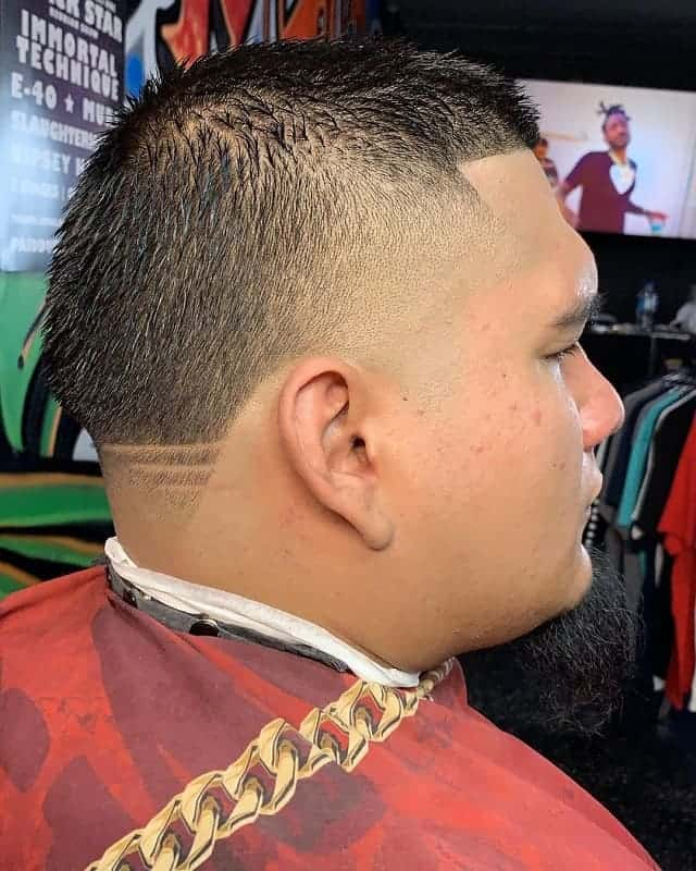 taper fade haircuts with design