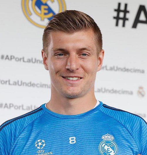 How To Get The Toni Kroos Hair Style Cool Men S Hair