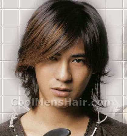 Vic Zhou hairstyle with highlight