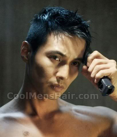Pic of Won Bin short haircut in The Man From Nowhere.