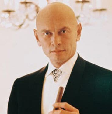 Yul Brynner picture.