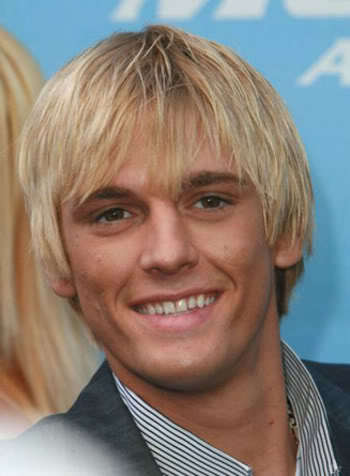 Shaggy hairstyle from Aaron Carter.
