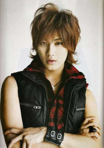 Cool Japanese hairstyle from Akanishi Jin.