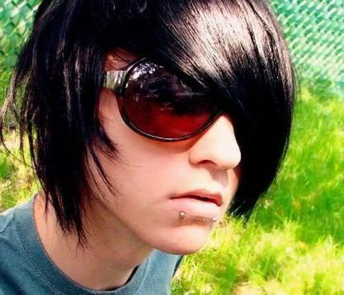 Photo of Alex Evan emo guy hairstyle.