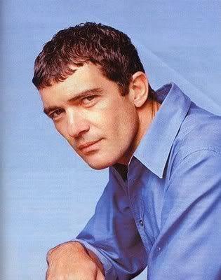 Antonio Banderas caesar hairstyle
