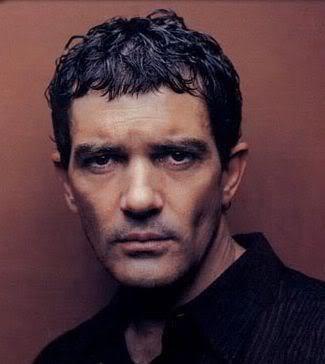 Antonio Banderas caesar cut
